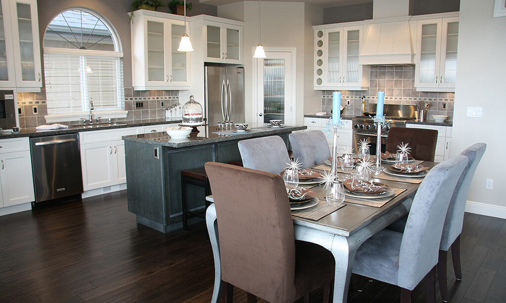 Luxury Homes located in Laguna Beach California